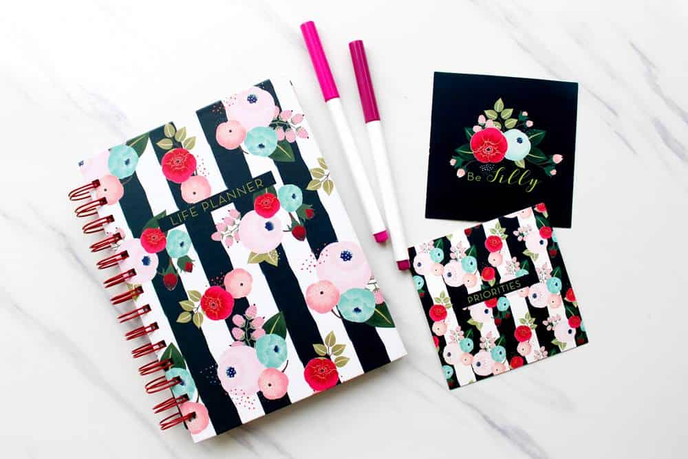 Wondering what to put in your bullet journal? Check out bujo page ideas here.